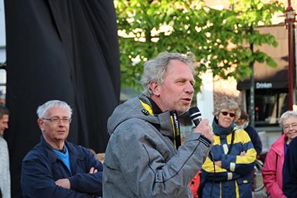 Kunstseizoen Opening door wethouder Wigle Sinnema
